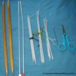 Strikkepinner og heklenåler – Redskapene for strikking og hekling