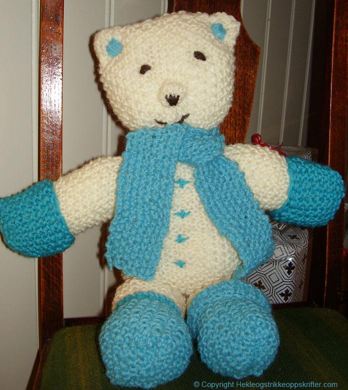 strikket bamse kosedyr