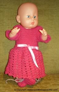 hekle rosa dukkeklær