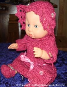 hekle rosa klær til babyborn