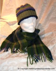 strikket lue og vevd skjerf