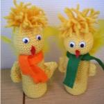 strikke gule påskekyllinger