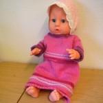 Baby born dukke: strikket kjole