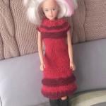Barbiedukke klær: Strikket kjole