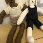 Strikkede bamse venner fra boken «Myk Start»